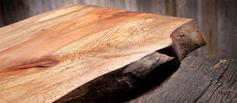 Robuust duurzaam beukenhout voor meubels.