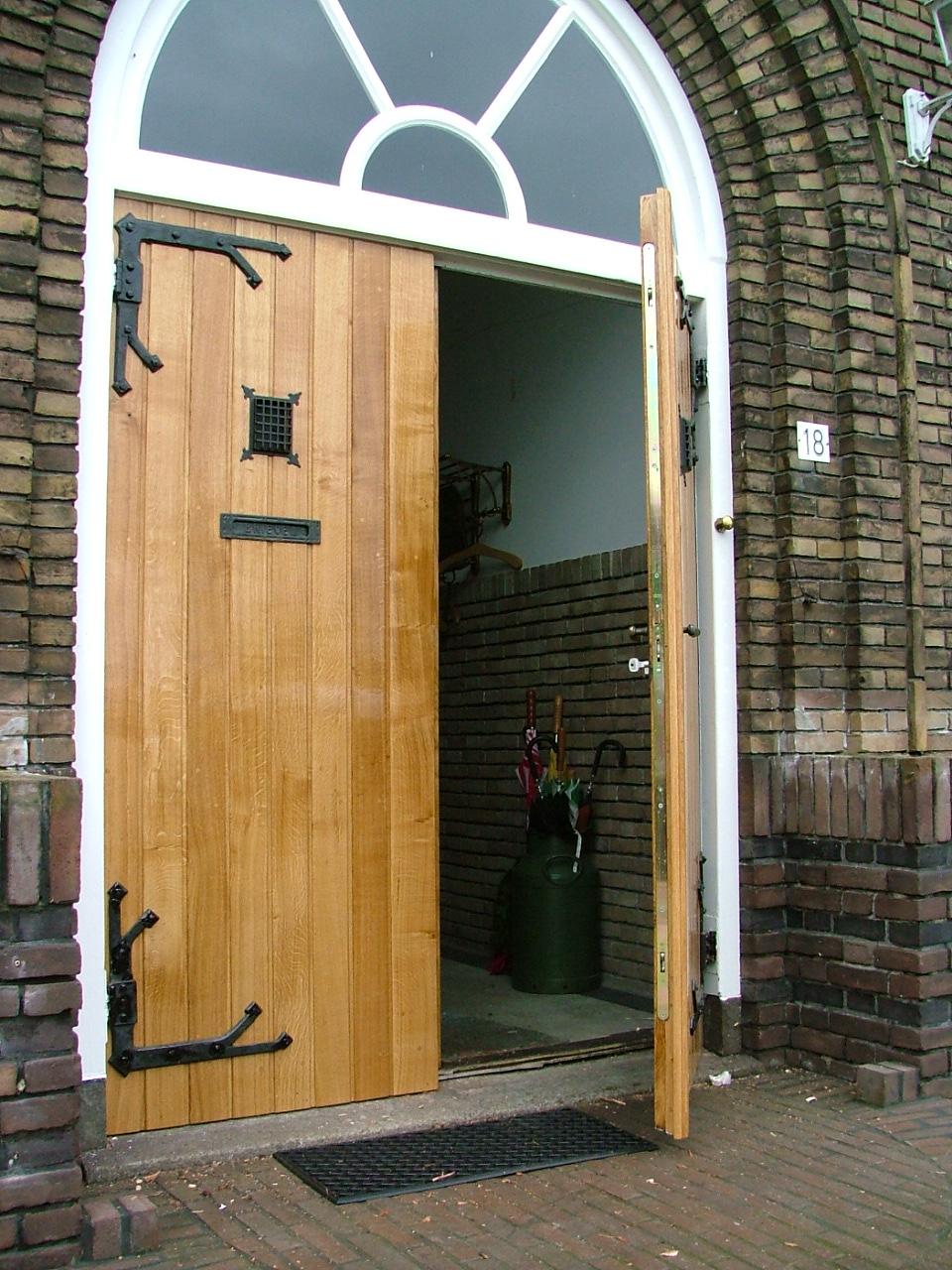 Authentiek eiken deuren, copie d'un ancien